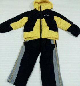 Демисезонный костюм для мальчика 110-116