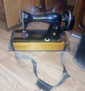 Швейная машинка,торг