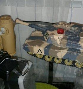 Радиоуправляемый танк.