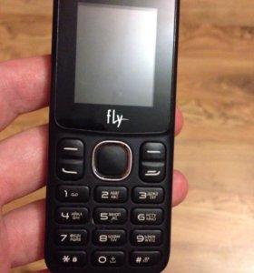 Продам хороший новый телефон на 2 симки