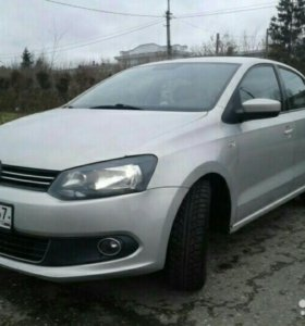 Volkswagen Polo 1.6 AT, 2010, седан