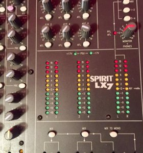 Микшерный пульт sound craft LX7