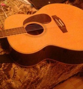 Акустическая гитара в отличном состоянии