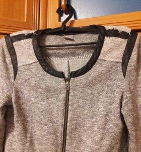 Пиджак новый,на 44