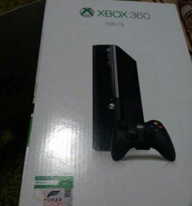 Xbox 360 хорошем состоянии и аккаунтом с кучей игр