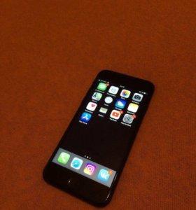 Продам айфон 7 на 32 гб