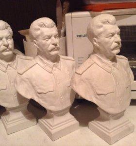 Бюст Сталин и Собачки