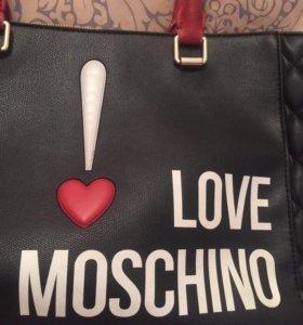 Сумка Moschino