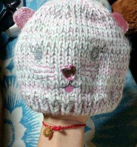 Новая вязаная шапка для девочки