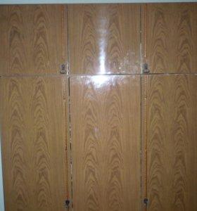 3 створчатый шкаф
