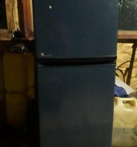 Продам холодильник Япония