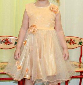 Платье детское (праздничное)