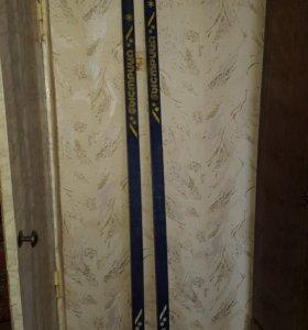 Лыжи деревянные 2м. Обмен