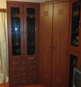 Продам угловую стенку ,шатура мебель.