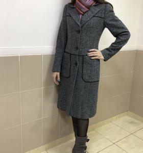 """Пальто """"I.C.A"""" (Италия), р-р S"""