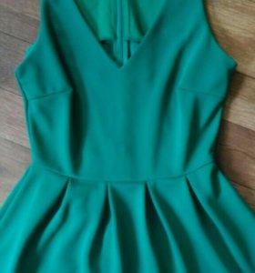.Ярко-зеленое платье befree