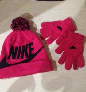 Зимняя шапка Nike