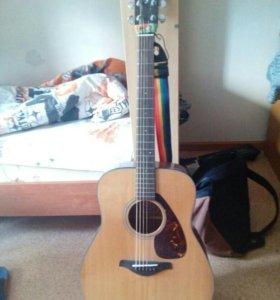 Гитара YAMAHA FG700S