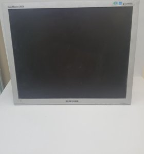 Монитор Samsung E1920