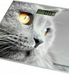 Напольные электронные весы Redmond