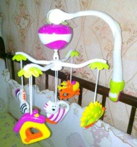 Мобиль в кроватку для новорожденных