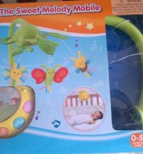 Два мобиля в детскую кроватку
