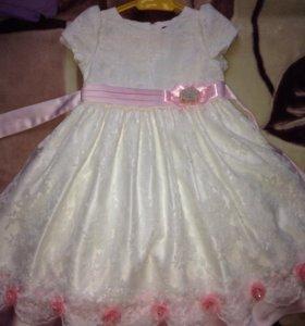 Платье на торжество для девочки