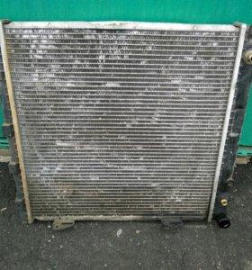 Радиатор W124