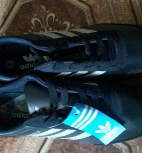 Новые кроссовки, Адидас, размер 44