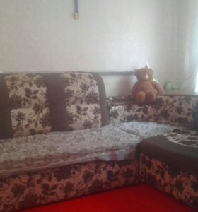 Угловой диван и кресло раскладное