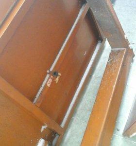 Дверь железная простая стандартная