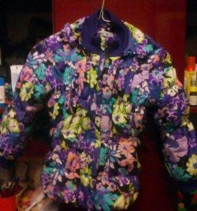 Детская куртка для девочки.