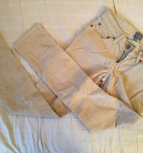 Бежевые брюки Levis