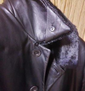 Плащь-Пальто кожанное пр-во Италия (новое)