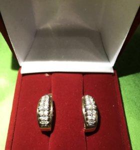 Шикарные серьги с бриллиантами как корона.