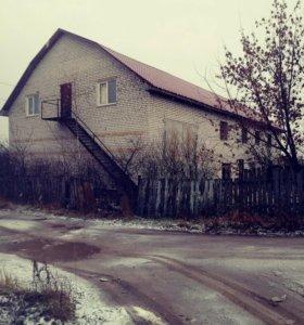 Дом, 740 м²