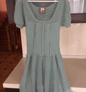 Новое трикотажное платье (L)