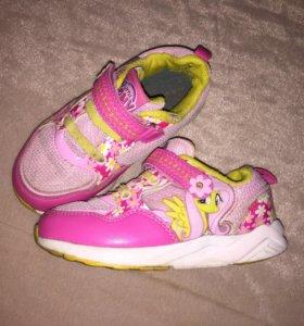 Кроссовки для девочки, размер 27