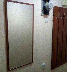 Прихожая (вешалка и зеркало)