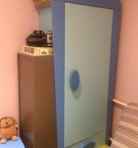 Детская мебель + кровать машинка