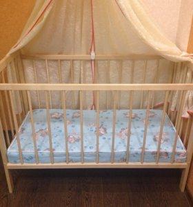Детская кроватка и ортопедический матрасик