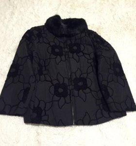 Продам куртку 52-54