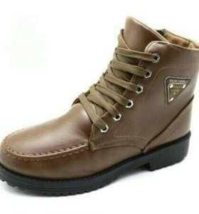 Новые зимние ботинки 38 размера