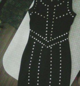 Платье новое 42р.