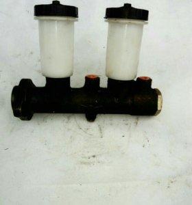 Главный тормозной цилиндр (уаз) новый