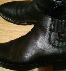 Ботинки мужские р.42