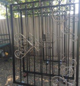 Ворота и калитка с элементами ковки