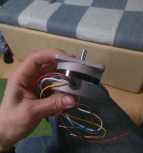 Шаговый двигатель ПЗСУ2-010