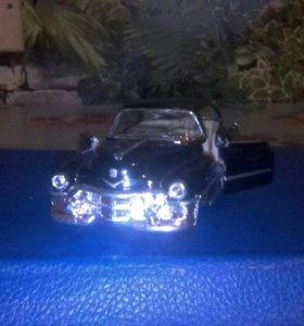 Машина Cadillac Serie 62