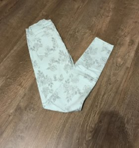 Zara джинсы 32-34р